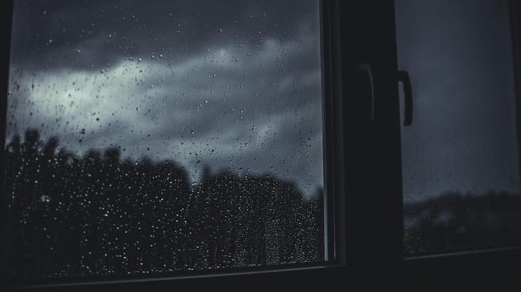 Dokuczliwy chłód i przelotne deszcze. Pogoda na czwartek