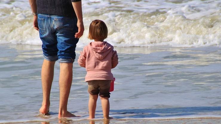 """Dziś Dzień Ojca. """"Warto być z dziećmi, nie tracić tego, co już się nigdy nie zdarzy"""""""