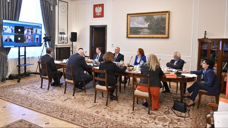 Posłowie zagłosują zdalnie? Prezydium Sejmu podjęło decyzję