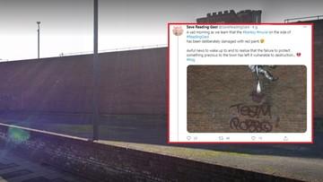 Zniszczono mural Banksy'ego. Ktoś użył podpisu zmarłego rywala