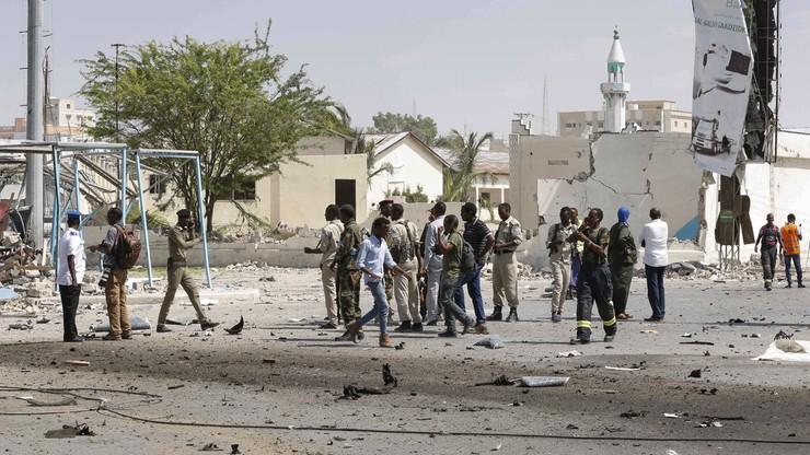 Somalia: co najmniej pięciu zabitych w samobójczym zamachu w Mogadiszu