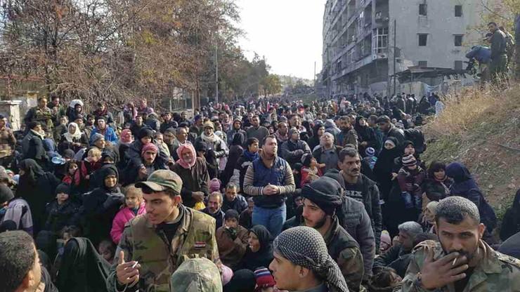 """""""Nie ma już człowieczeństwa"""". ONZ alarmuje: cywile w Aleppo zabijani przez armię syryjską i zagraniczne bojówki"""