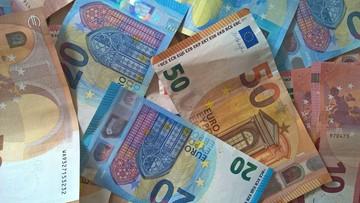 Perfumy o zapachu pieniędzy. Nietypowa oferta niemieckiego urzędu