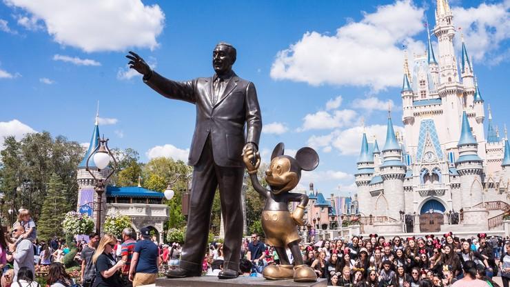 """Disney usuwa bajki ze względu na rasizm. Serwis zablokował m.in """"Piotrusia Pana"""""""