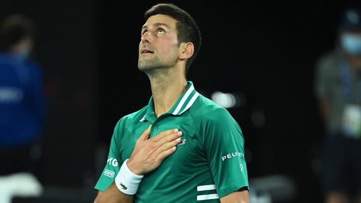 Australian Open: Novak Djokovic z kłopotami, ale awansował do półfinału