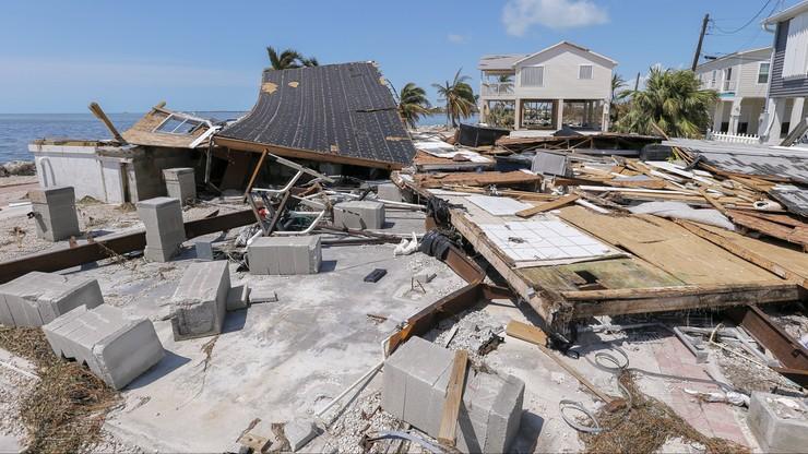 12 ofiar Irmy na Florydzie. Prawie połowa mieszkańców stanu bez prądu