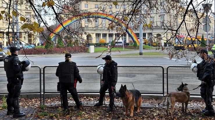 """""""Tęcza"""" wróci na Plac Zbawiciela w Warszawie. Ma być niezniszczalna"""