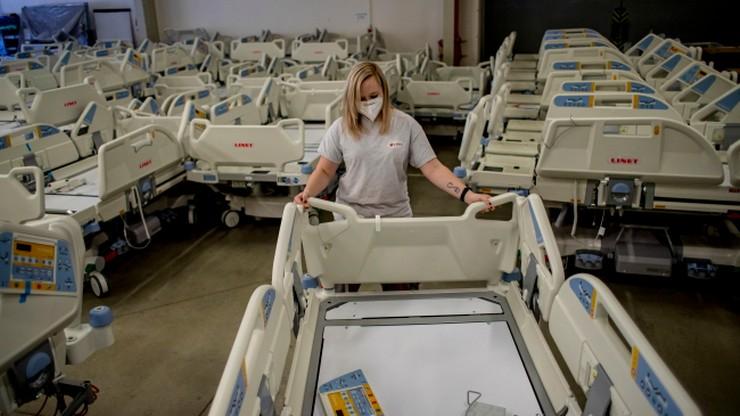 Koronawirus w Polsce. Ostatniej doby do szpitali trafiło pół tysiąca osób
