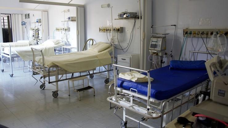 """Wysoka liczba nadmiarowych zgonów. """"Dla 2 mln pacjentów zabrakło miejsca"""""""