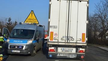 Ciężarówka potrąciła kobietę i dziecko. Zginęli na miejscu