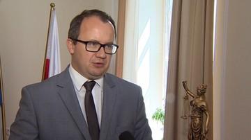 """""""Brak obecności policji budzi zastrzeżenia z punktu widzenia wolności zgromadzeń"""". RPO ws. zajść w Radomiu"""