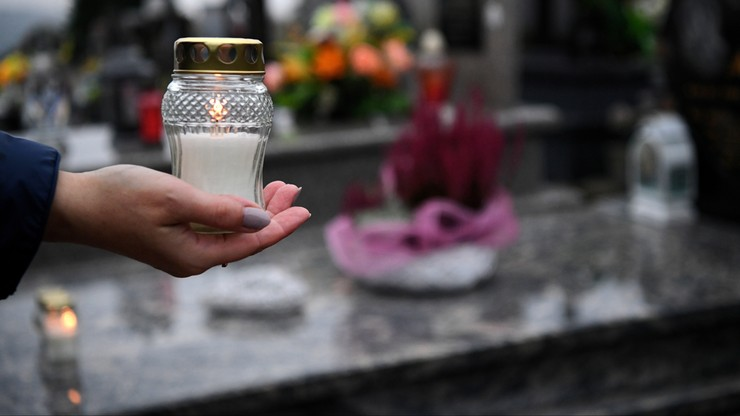 Zamknięte cmentarze. W Chełmie i Świdniku samorządy upamiętnią zmarłych