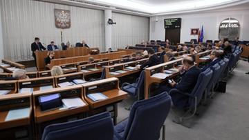 Senat poparł rekompensatę dla mediów publicznych. Dostaną ponad miliard złotych