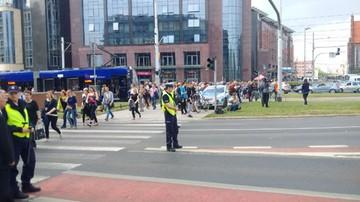 Kolejny podejrzany pakunek we Wrocławiu. Alarm bombowy na placu Dominikańskim