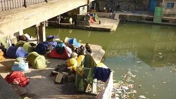 Władze Paryża proszą o pomoc w związku z napływem migrantów
