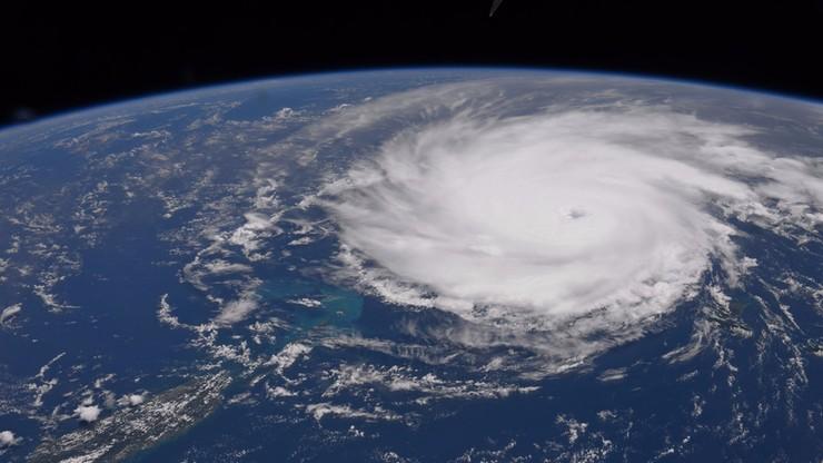 Zdjęcia huraganów z kosmosu. Amerykański astronauta udostępnił je na Twitterze