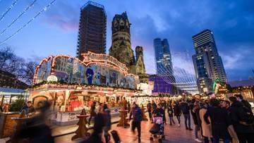 Podejrzana paczka na jarmarku bożonarodzeniowym w Bonn. Policja ewakuowała kupujących
