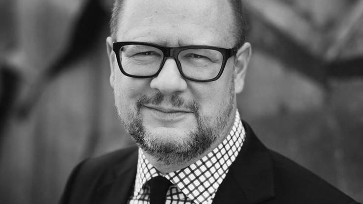 Druga rocznica ataku na Pawła Adamowicza. Tusk: proces zabójcy nawet się nie rozpoczął