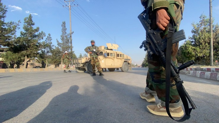Afganistan. Talibowie potępiają atak USA na ich terytorium. Biden zapowiada dalsze akcje odwetowe
