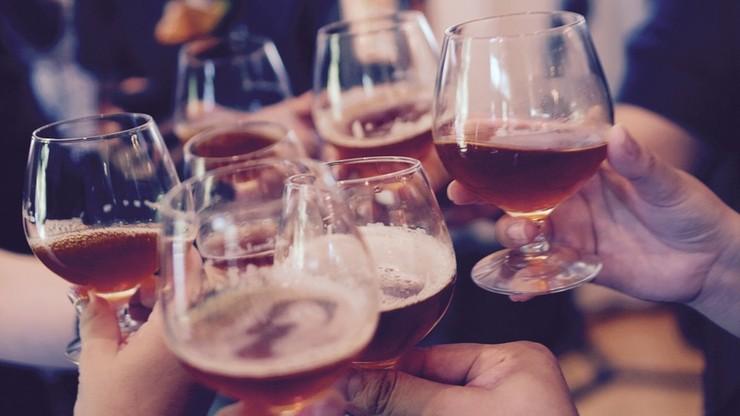 """""""Rz"""": Polacy sięgają po alkohol z rynku premium"""