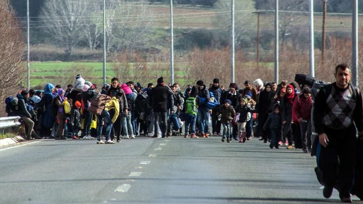 Ponad 6 tys. migrantów utknęło na granicy grecko-macedońskiej