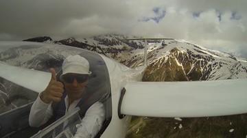 Polak latał szybowcem nad Kaukazem. Zobacz wyjątkowy film