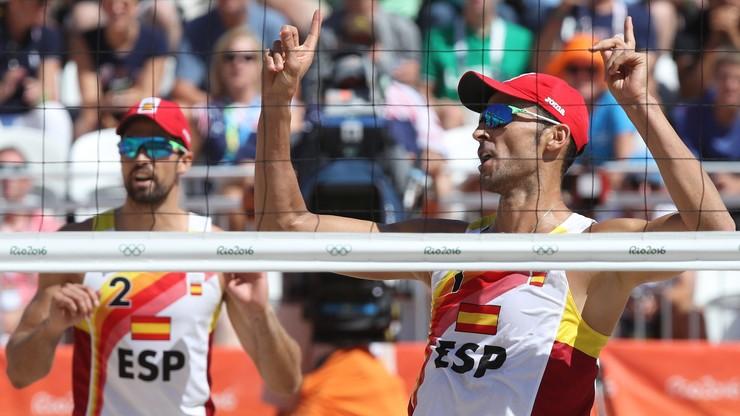 World Tour: Hiszpanie i Rosjanie zagrają w finale w Chinach