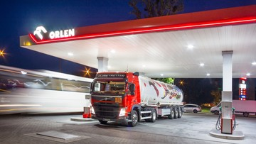 PKN Orlen przejmie pełną kontrolę nad czeskim Unipetrolem