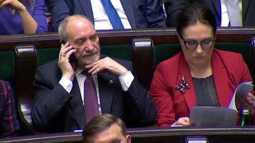 Macierewicz: naród polski ma prawo bronić swojego dobrego imienia