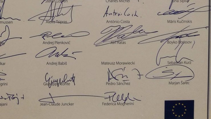 Unijni przywódcy złożyli życzenia urodzinowe Lechowi Wałęsie. Kontrowersje wokół dwóch podpisów
