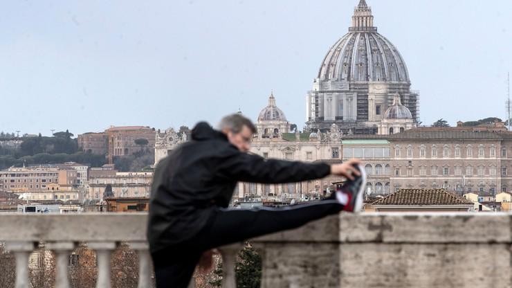 Włochy. Złagodzenie restrykcji lockdownu tylko na jeden dzień