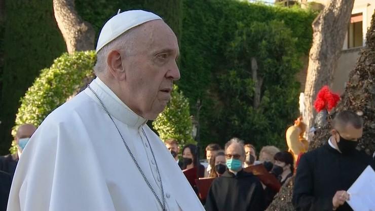 Papież: niech współpracują, by wyjaśnić sprawę znalezienia szczątków 215 dzieci w Kanadzie