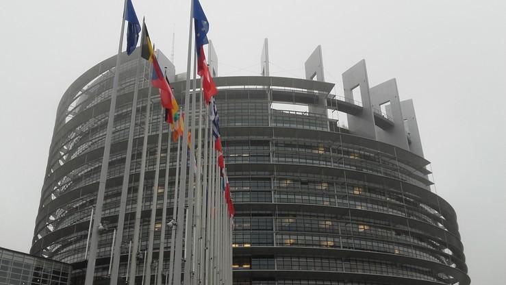 """""""The Guardian"""": konflikt Polski i Węgier z UE większym wyzwaniem dla Wspólnoty niż Brexit"""