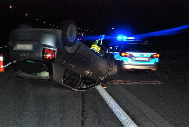 Po najechaniu na łosia Audi A3 dachowało