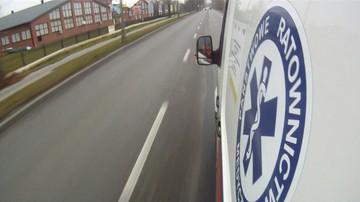 11 osób rannych w wypadku na Dolnym Śląsku. Autobus po zderzeniu stoczył się do rowu