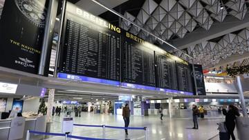 Lotnisko we Frankfurcie odwołuje loty. Powodem są intensywne opady śniegu
