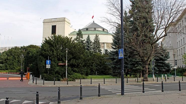 Żaden Brunon K. nie przejdzie. Sejm zamawia urządzenia do wykrywania materiałów wybuchowych