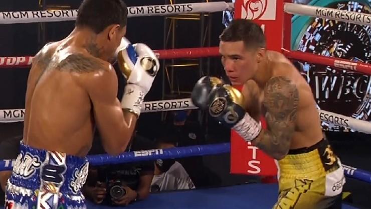 Boks na polu minowym. Oscar Valdez brutalnie znokautował Miguela Berchelta!