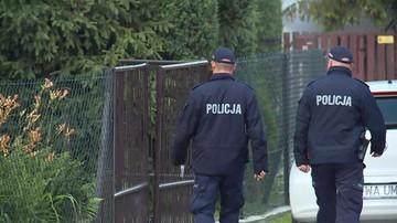 Małopolska: syn znalazł w domu ciała rodziców. Kobieta miała podcięte gardło