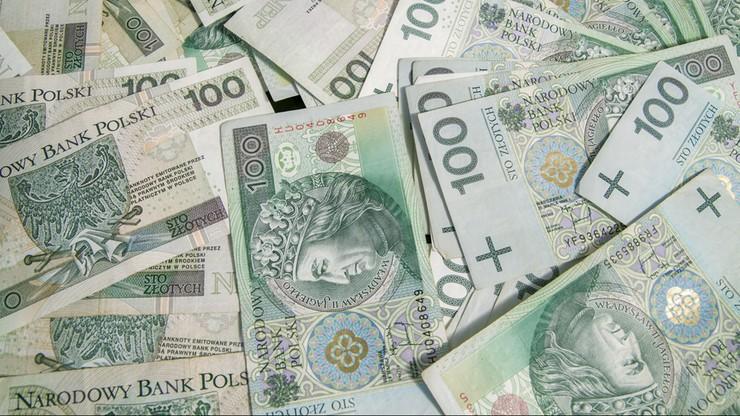 Polacy zadłużeni na 24 mld zł
