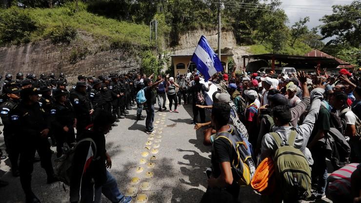 USA wzywają do powstrzymania karawany migrantów z Hondurasu