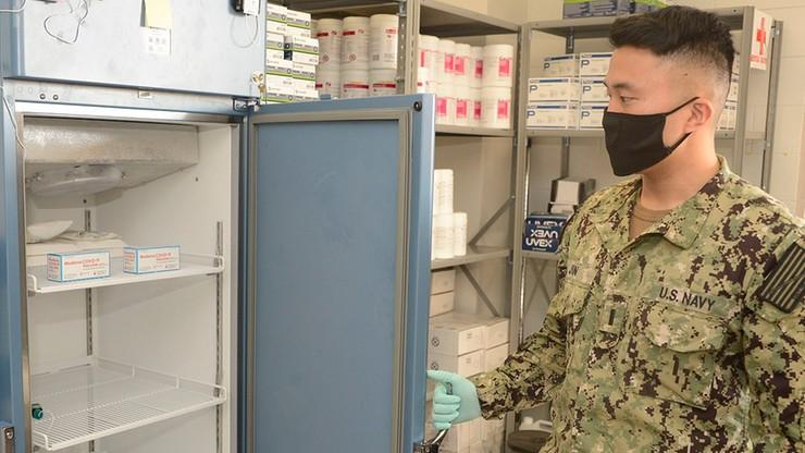 Pentagon opracowuje podskórny czip wykrywający koronawirusa