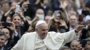Papież pozdrowił Polaków w związku z 1050. rocznicą Chrztu Polski