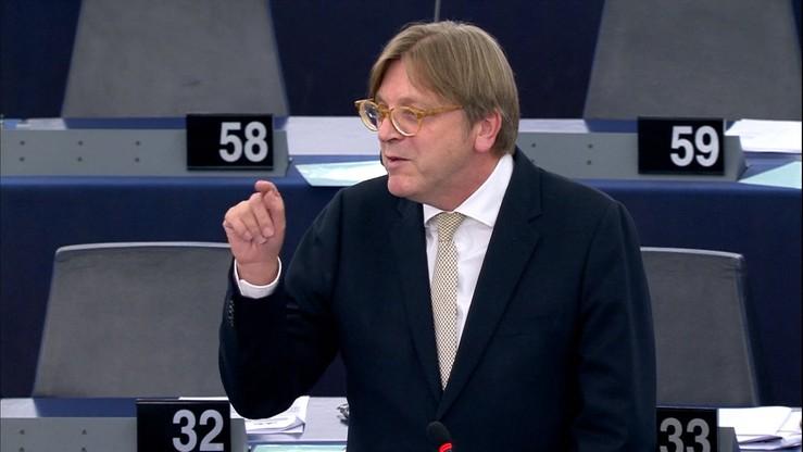 Verhofstadt wzywa do zajęcia się sprawą deportowanej po alercie polskich władz Kozłowskiej