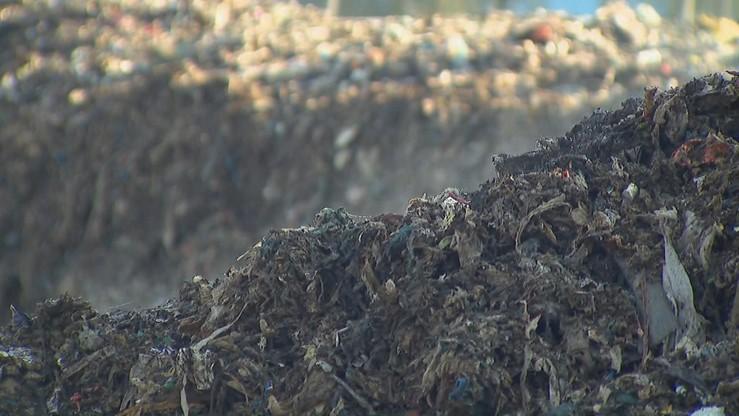 Zarzuty dla 8 osób ws. nielegalnych składowisk odpadów w Wielkopolsce