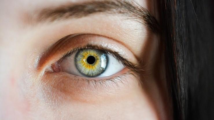 Naukowcy wyhodowali płaczące ludzkie gruczoły łzowe