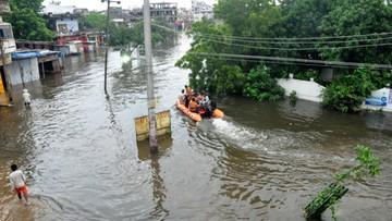 Najobfitsze opady monsunowe w Indiach od ćwierć wieku. W ciągu ostatnich dni zginęło 113 osób