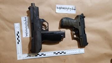 W ciężarówce Polaków miał być papier. Była broń i narkotyki warte 7,5 mln funtów