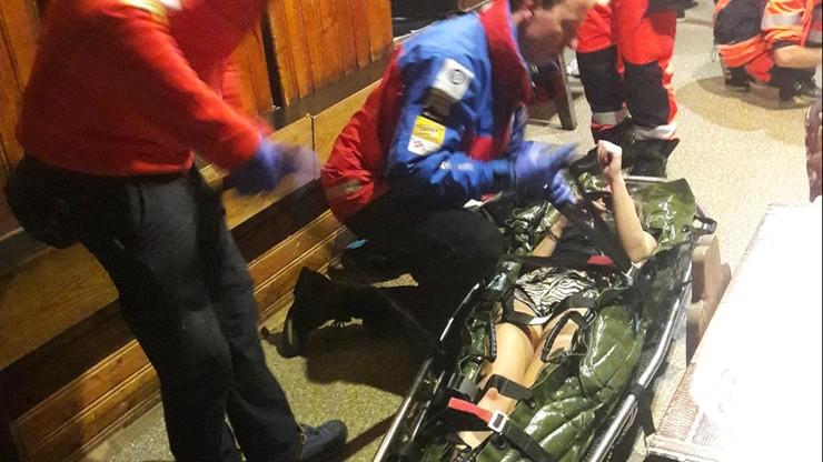 19-latka wypadła z okna schroniska na Stożku w Beskidach. Interweniował GOPR