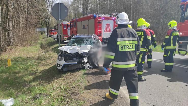 Wypadek pod Olsztynem. W samochodzie 7-miesięczne dziecko